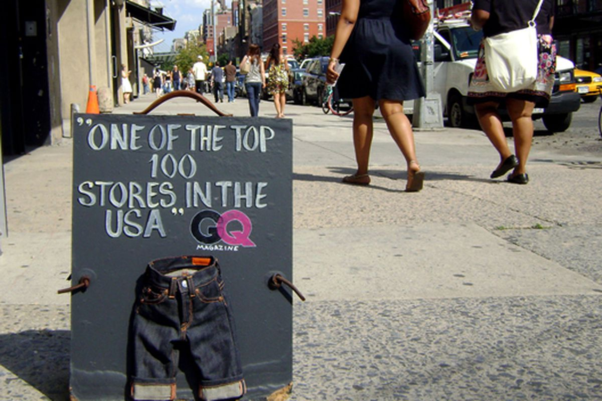 """Jean Shop sign in MePa.  Photo via <a href=""""http://www.flickr.com/photos/jetsetcd/3747274955/in/pool-rackedny/"""">jetsetcd</a>/Racked Flickr Pool"""