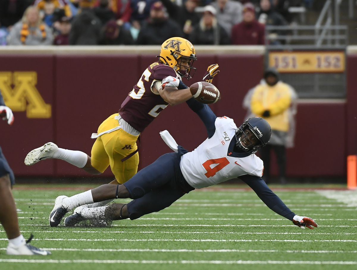 The Minnesota Golden Gophers defeated the Fighting Illini 40-17