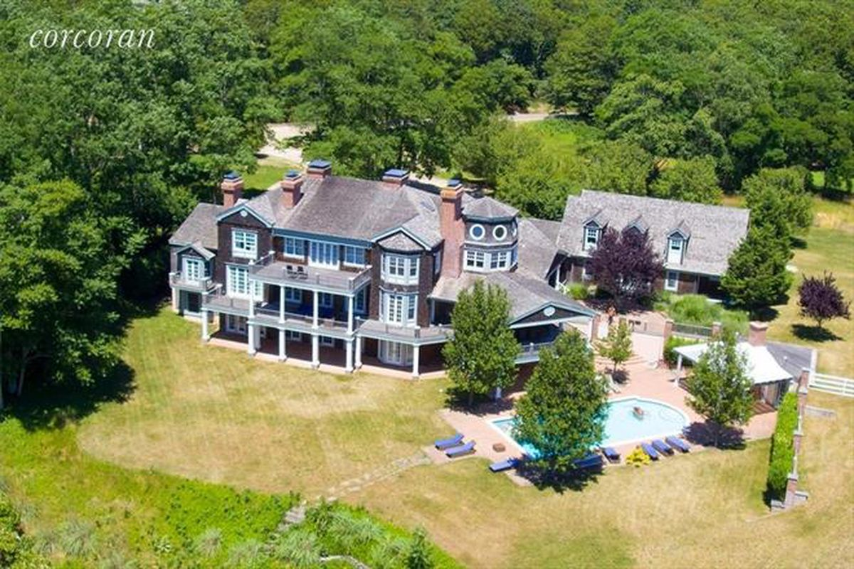 Kevin sorbo s hamptons home is up for sale curbed hamptons for Hamptons home for sale