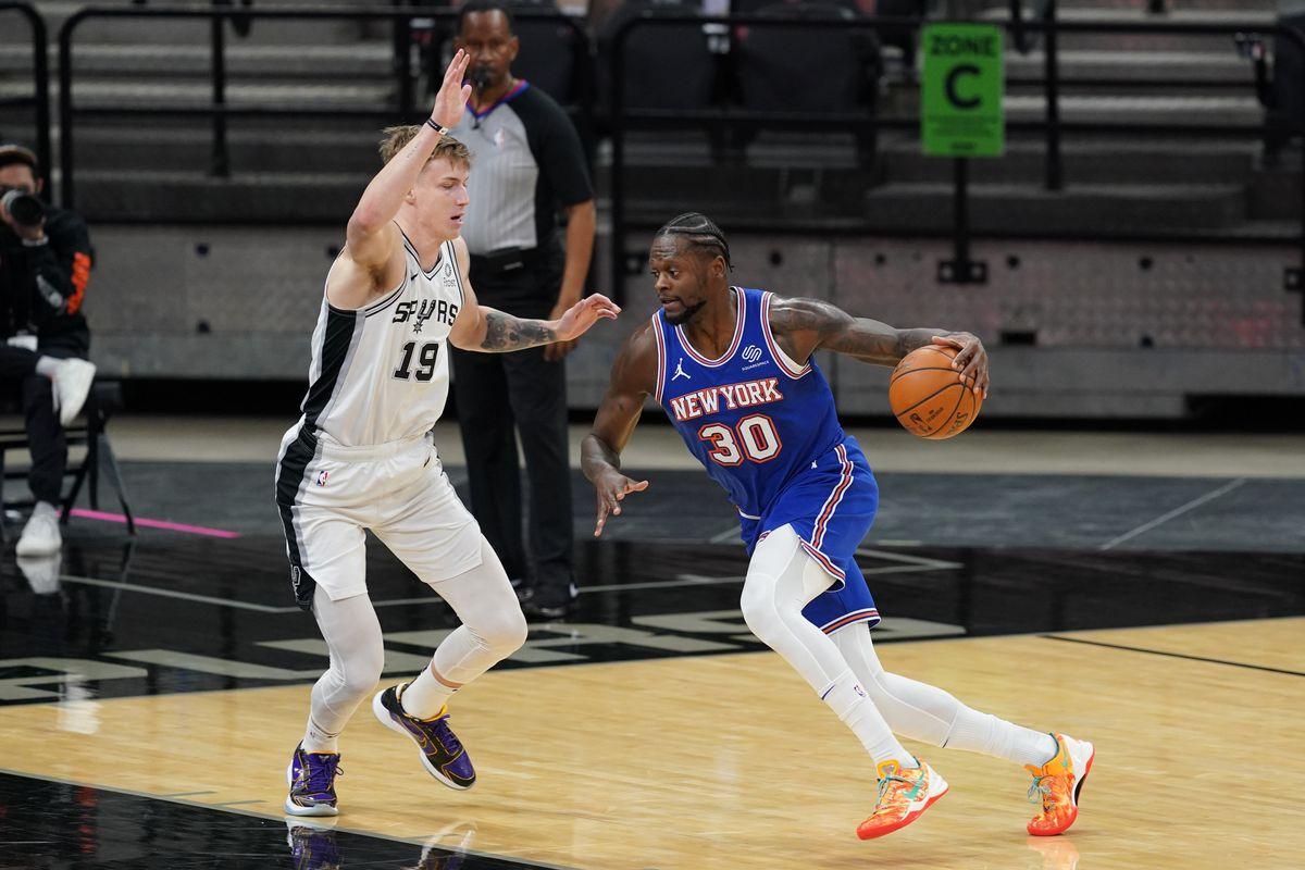 NBA: New York Knicks at San Antonio Spurs