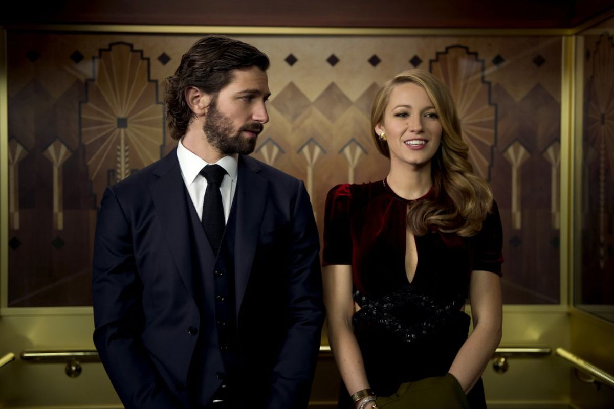 Michiel Huisman and Blake Lively in Age of Adaline.