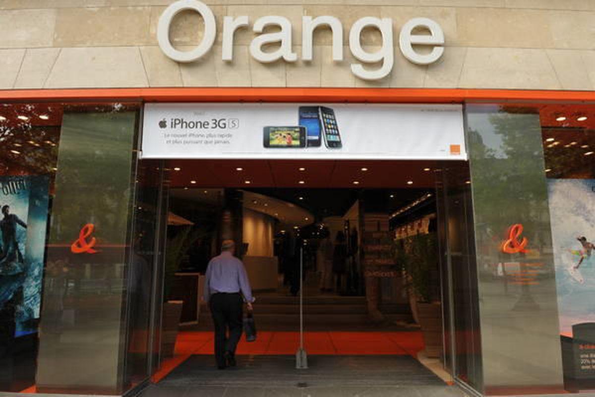 Orange shop on the Champs-Elysées in Paris.