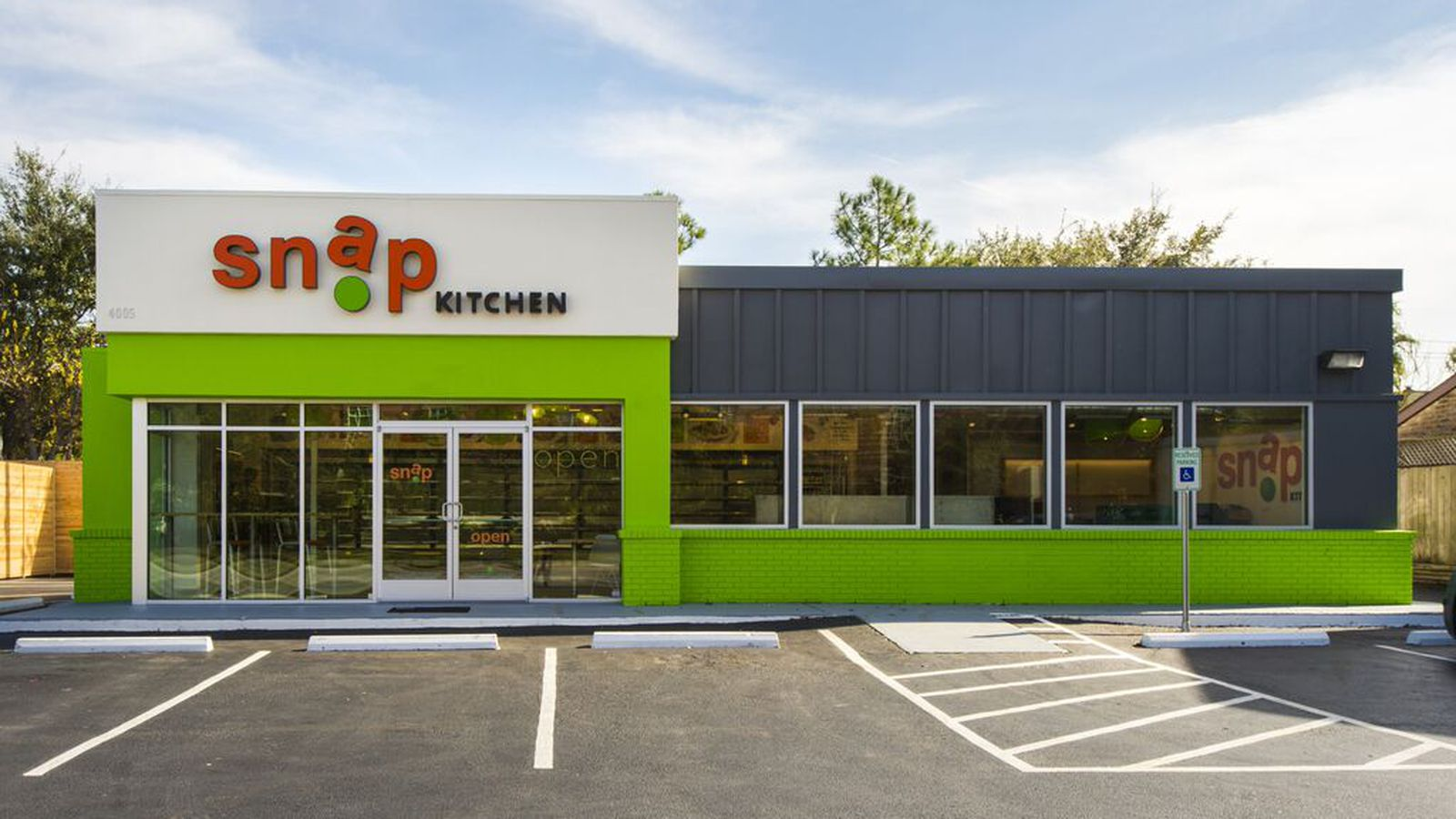 Snap Kitchen Chicago Invasion Continues With Second Opening Today In Lincoln Park Eater Chicago