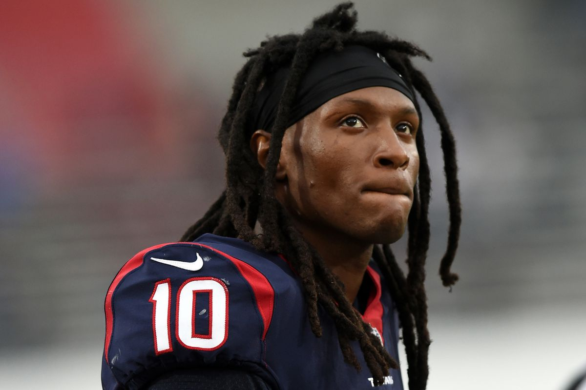 Houston Texans Wide Receiver DeAndre Hopkins (10) looking dejected towards the end of the game during an NFL game between the Houston Texans and the Los Angeles Rams on November 12, 2017 at the Los Angeles Memorial Coliseum in Los Angeles, CA.