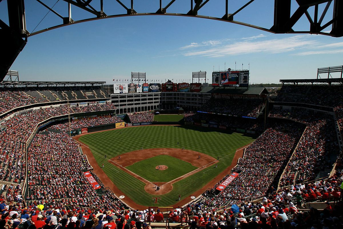 ARLINGTON, TX - SEPTEMBER 25:  The Seattle Mariners and the Texas Rangers at Rangers Ballpark in Arlington on September 25, 2011 in Arlington, Texas.  (Photo by Ronald Martinez/Getty Images)