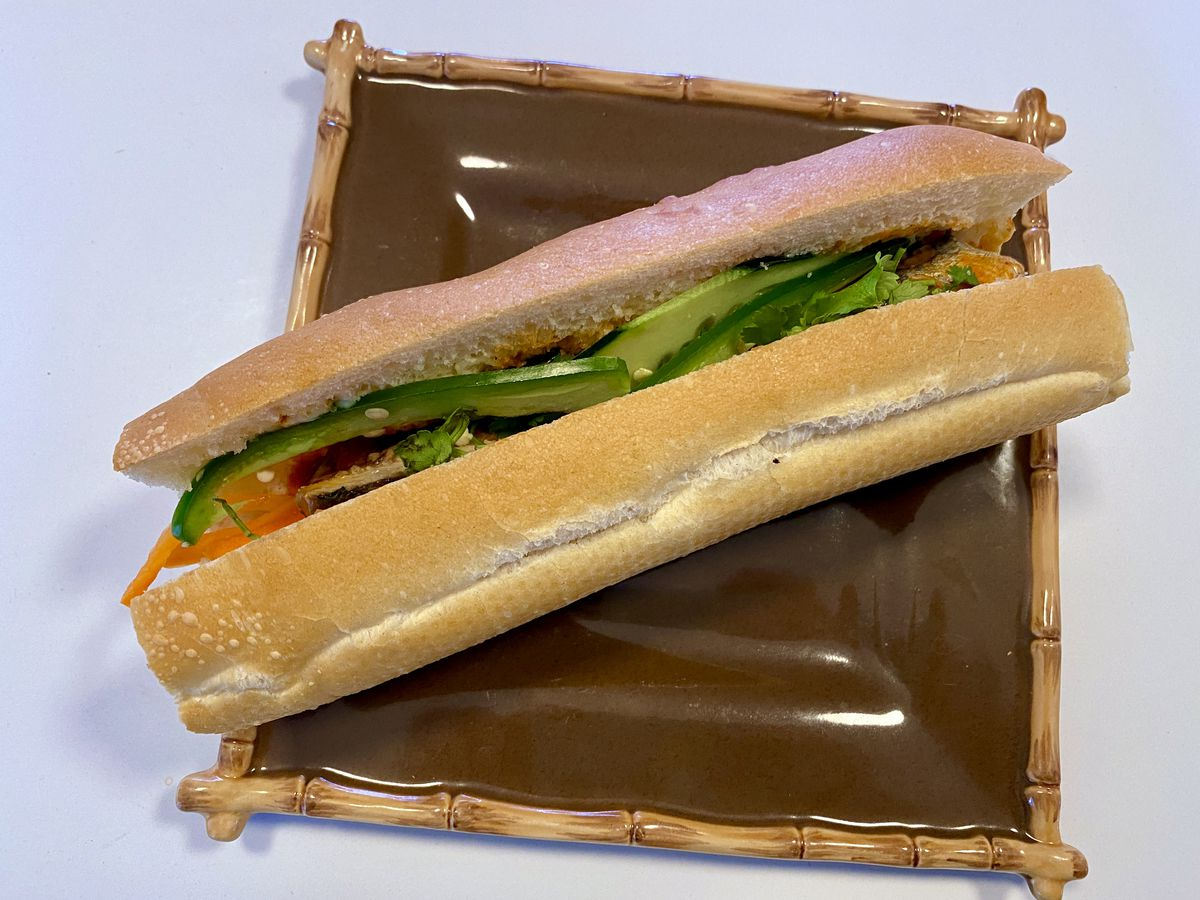 banh mi on a square plate