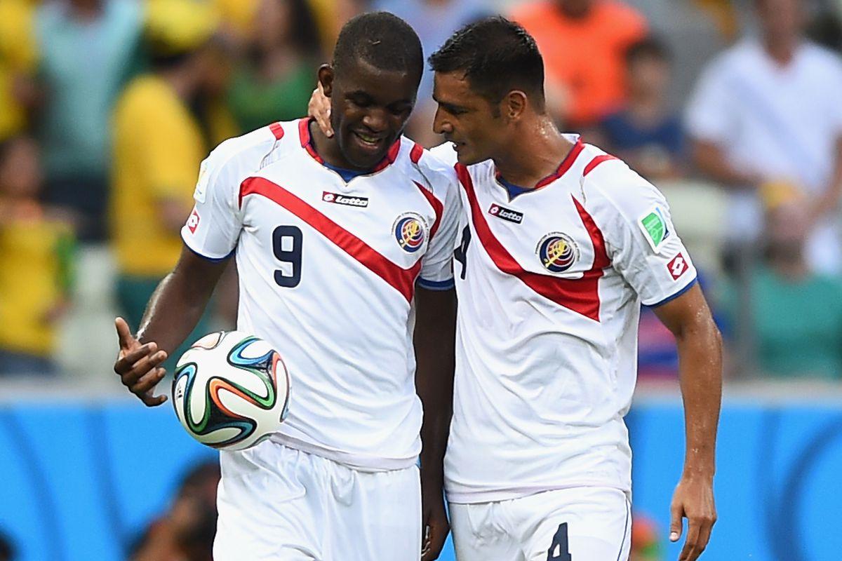 Umaña (right) with Campbell.