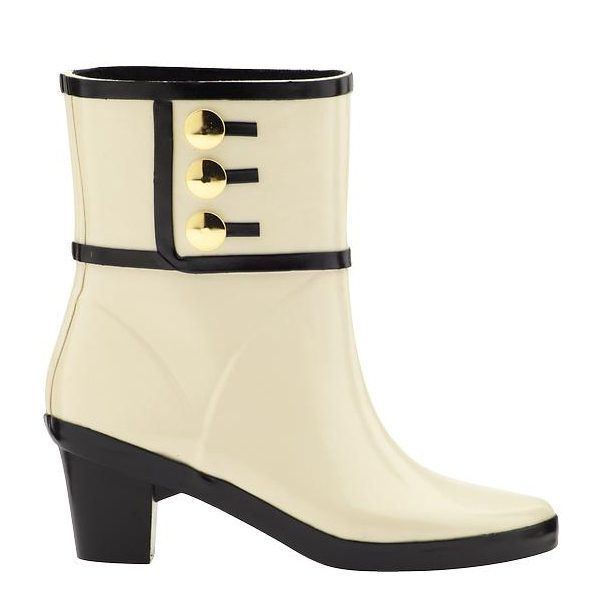 12 Weatherproof Boots You Ll Want To Wear Even On Sunny