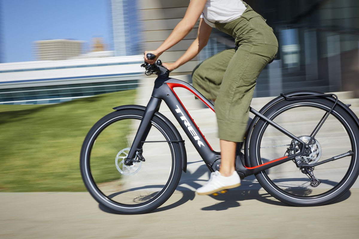 2019 Editors Choice For Best Electric Bikes Prices >> Trek S New Lineup Of Electric City Bikes Is Gorgeous Speedy