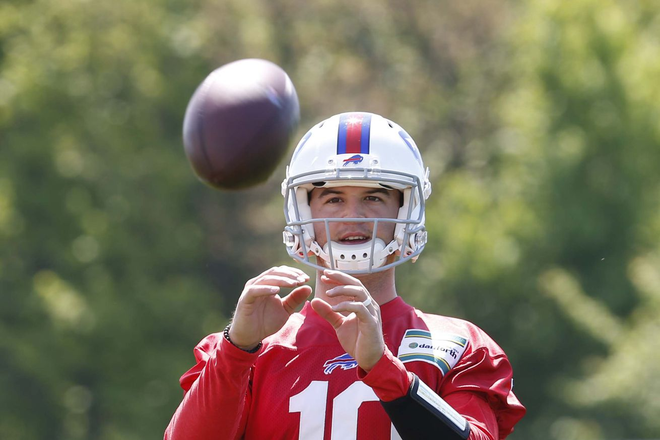 Bills Links, 6/22: Who will win the quarterback competition?