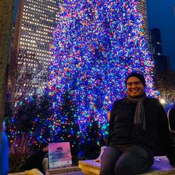 Ismael Perez in downtown Chicago during December 2019 weighing 220 pounds.