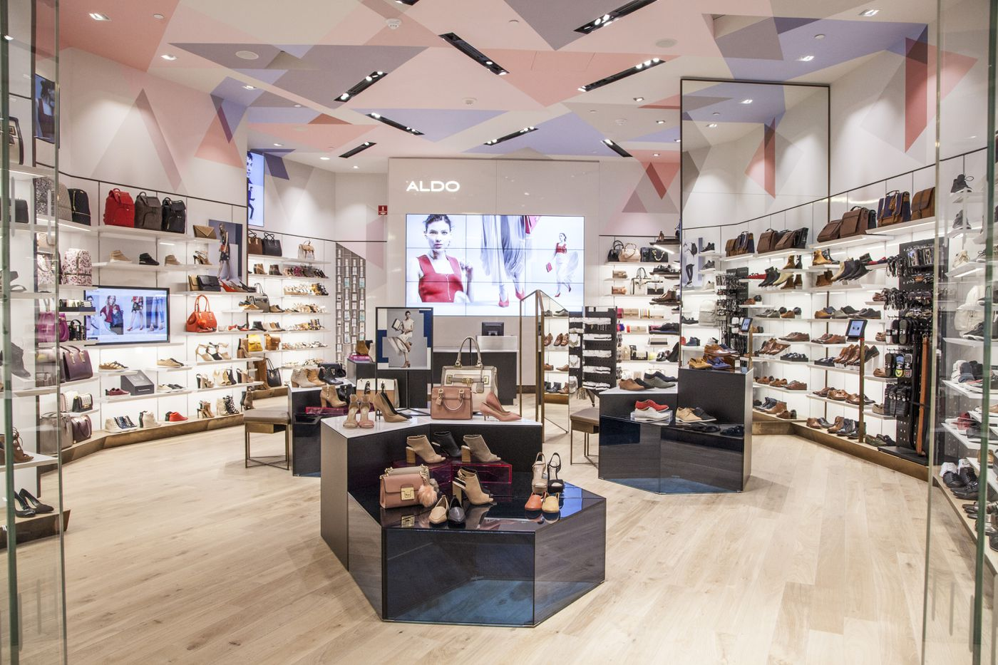 How Aldo Survives the Mall - Racked