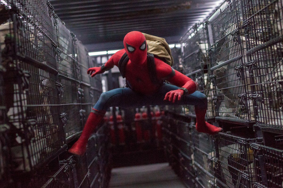 Spider-Man: Homecoming - Spider-Man inside a truck with cages