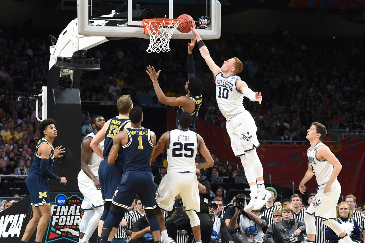 "5cc125e53bc Donte DiVincenzo Isn't Just the ""Michael Jordan of Delaware"" Anymore ..."