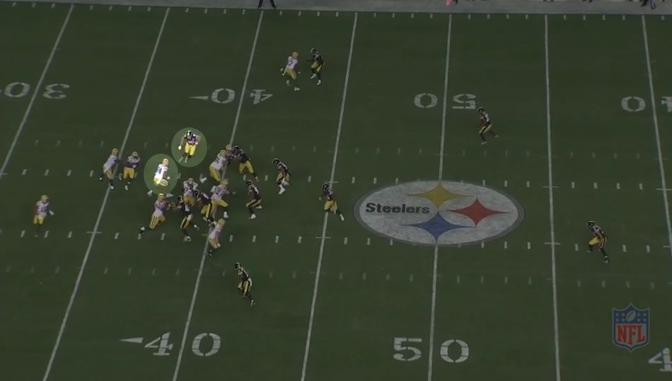 Packers use trap block on first scrimmage play to set up play action two plays later