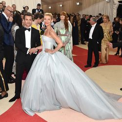 In her gorgeous glow-in-the-dark Zac Posen gown, Claire Danes channeled a high-tech Cinderella. And Hugh Dancy, with his dapper Burberry suit and dapper-er British accent, played the part of Prince Charming perfectly.