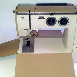 1968 Elna Lotus sewing machine