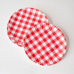 """""""Keep the casual feel and the childhood nostalgia of paper plates while avoiding flyaway suppers and waste with these super cute melamine 'paper plates' from <a href=""""http://susanfredmanathome.com/"""">Susan Fredman at Home</a>."""" [Photo: via Susan Fredman"""