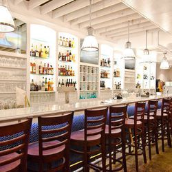 """<a href=""""http://dc.eater.com/archives/2012/07/23/a-whirl-around-the-hills-hanks-oyster-bar-and-eddy-bar.php"""">DC: A Whirl Around the Hill's <strong>Hank's Oyster Bar</strong> and <strong>The Eddy</strong></a> [R. Lopez]"""