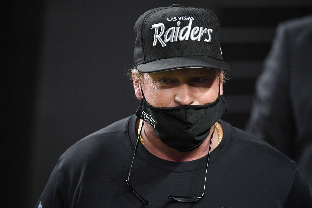 Los Angeles Chargers v Las Vegas Raiders