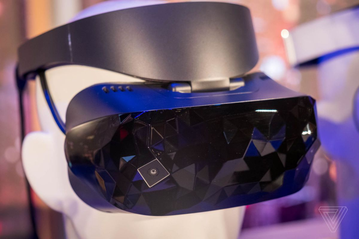 Asus Mixed Reality Headset Goes On Sale For 429 The Verge