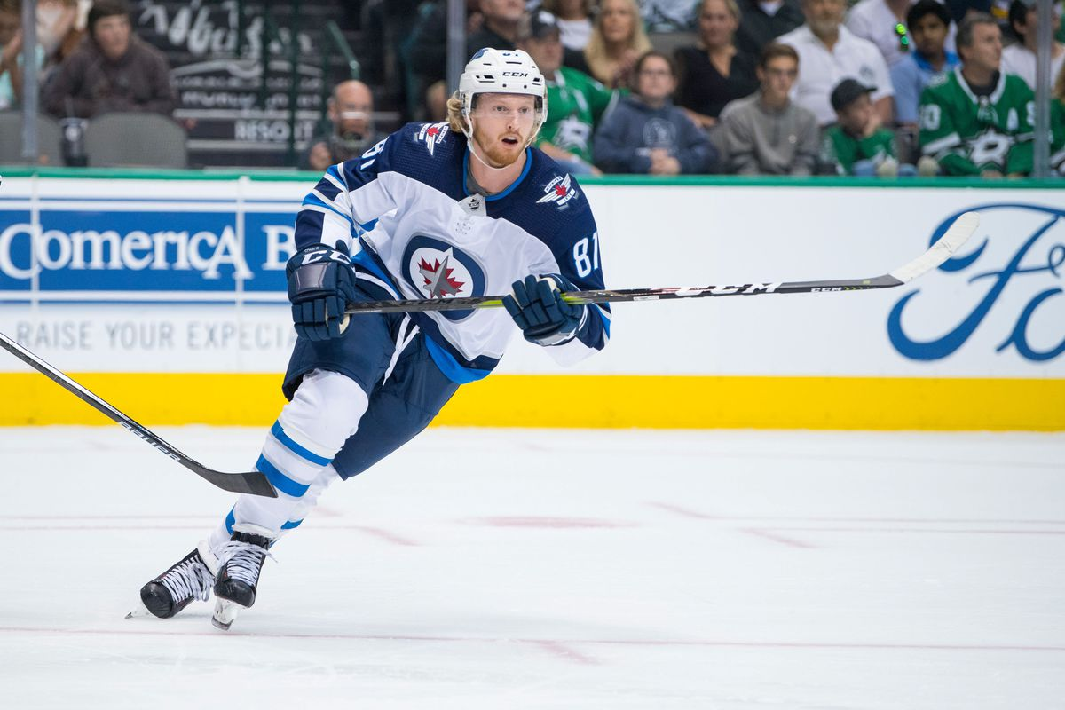 NHL: Winnipeg Jets at Dallas Stars