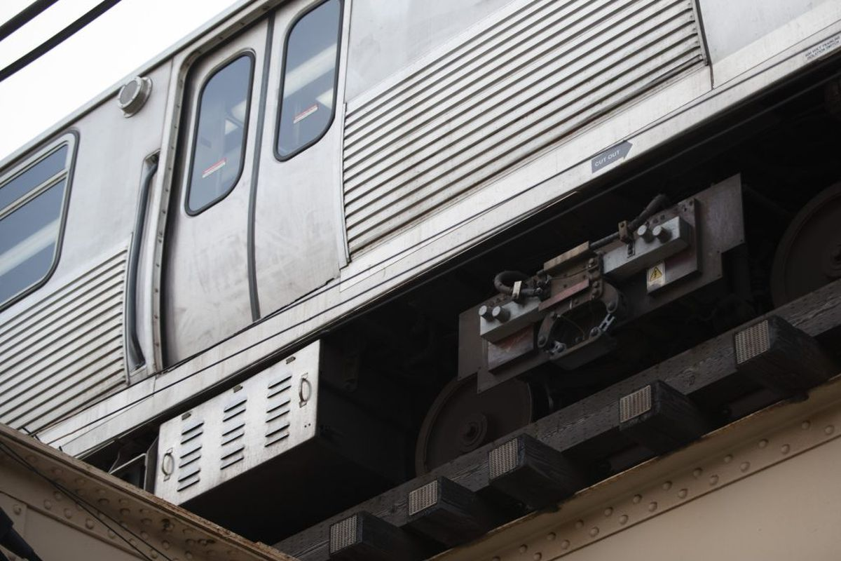 A man died after he was struck by a CTA Red Line train Thursday night on the North Side.