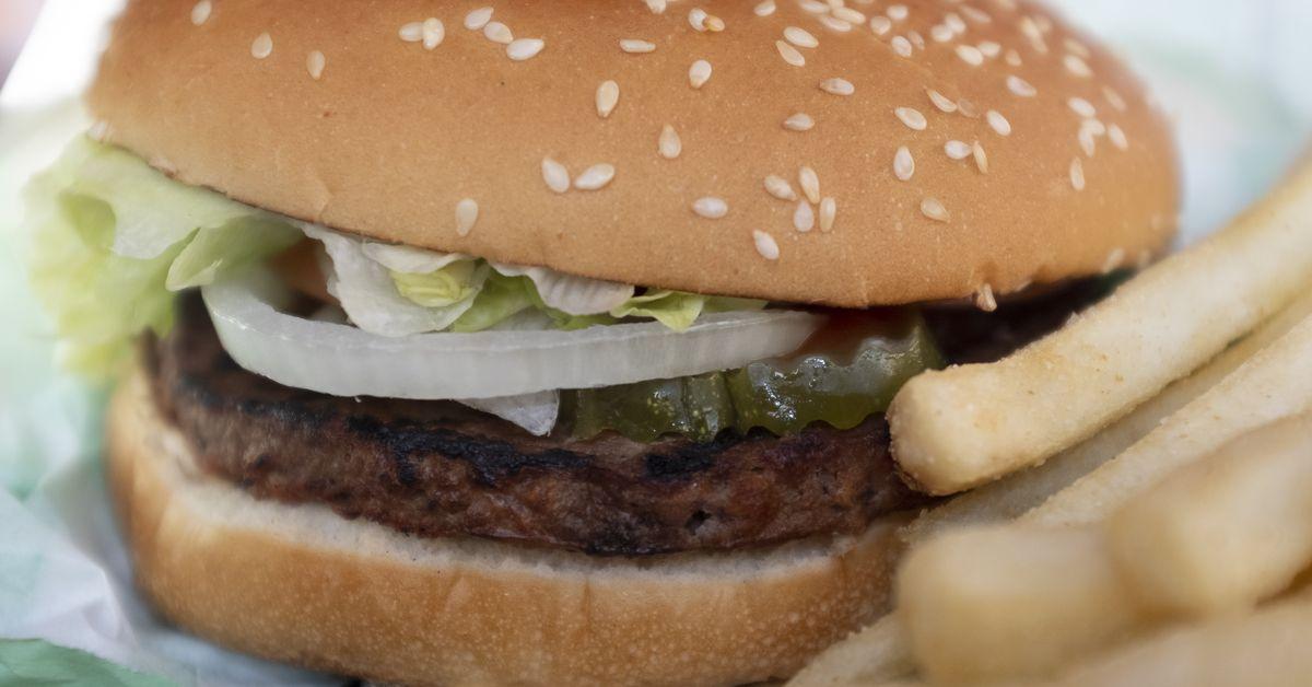 McDonalds está expandiendo lentamente las ofertas basadas en plantas. Este es el por qué thumbnail