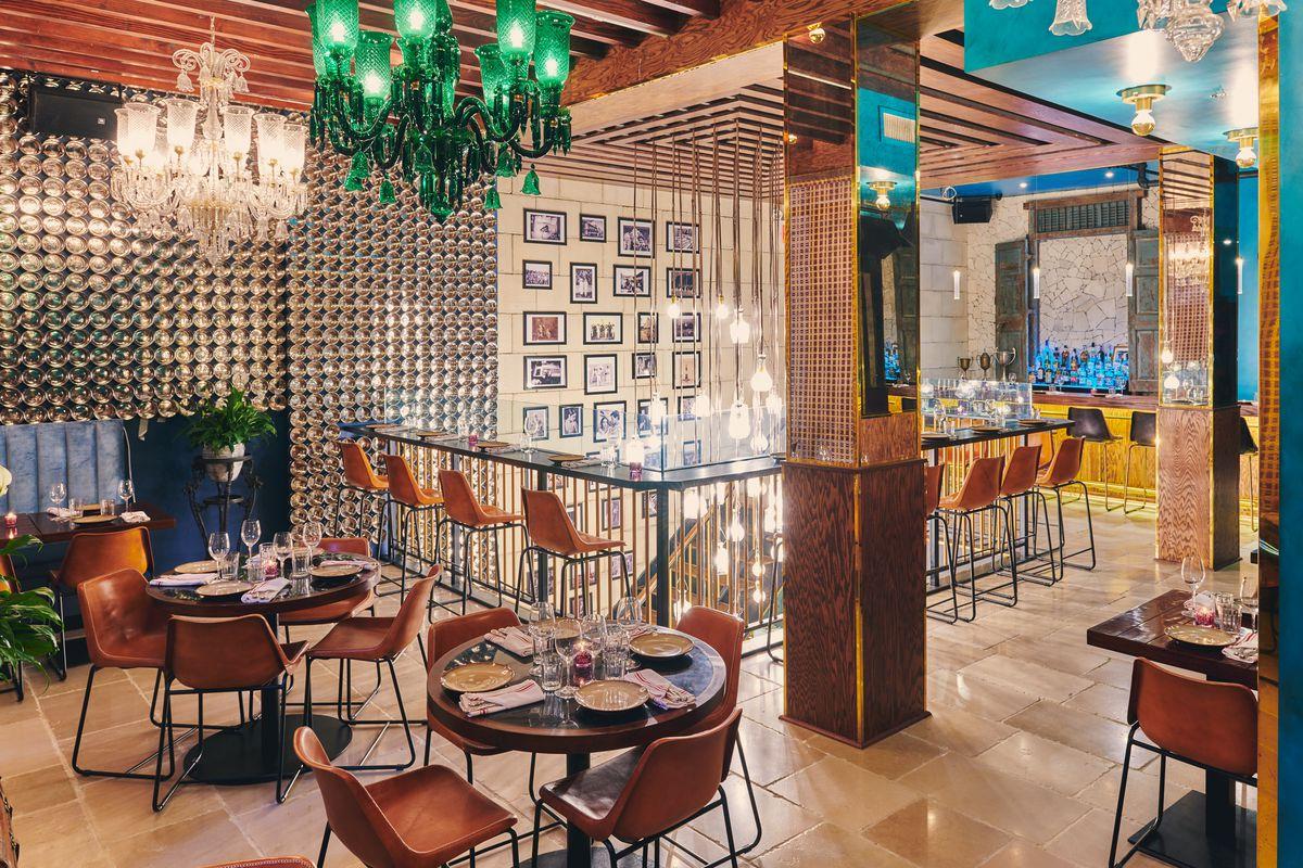 Upstairs dining room and bar at Gupshup