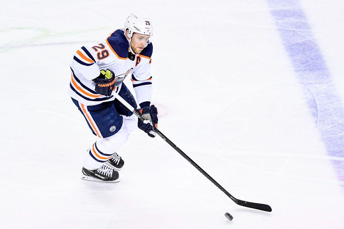 NHL: APR 10 Oilers at Flames