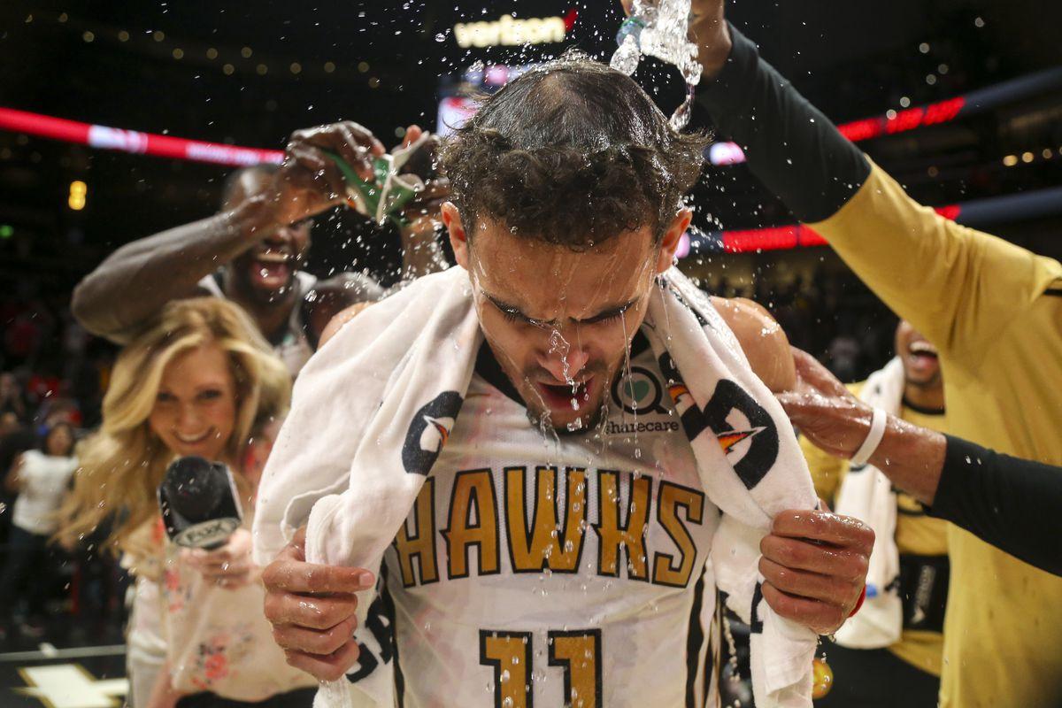 Breaking down the last five minutes of the Hawks  clutch win over  Philadelphia 4cebe34dd