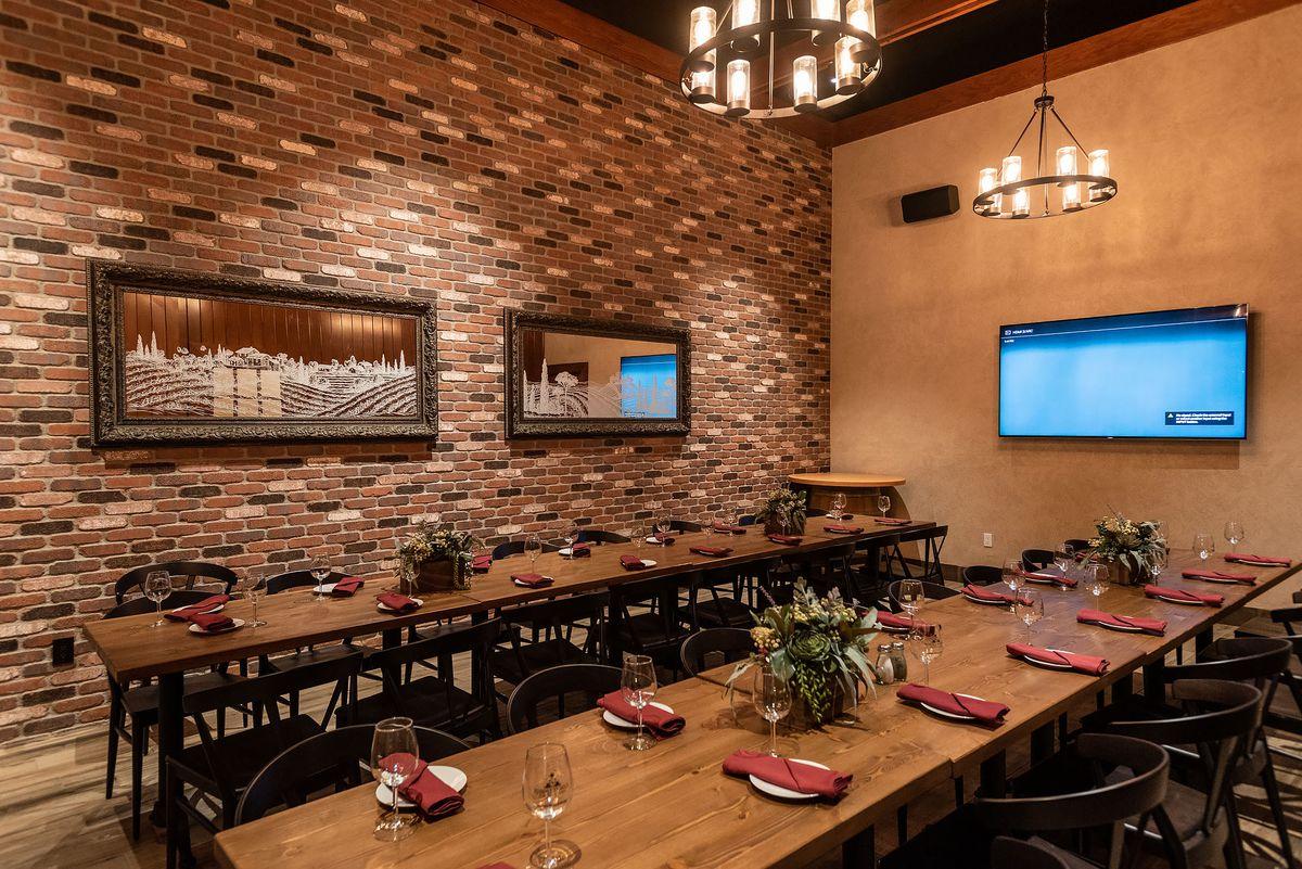 Dining area in San Antonio Winery