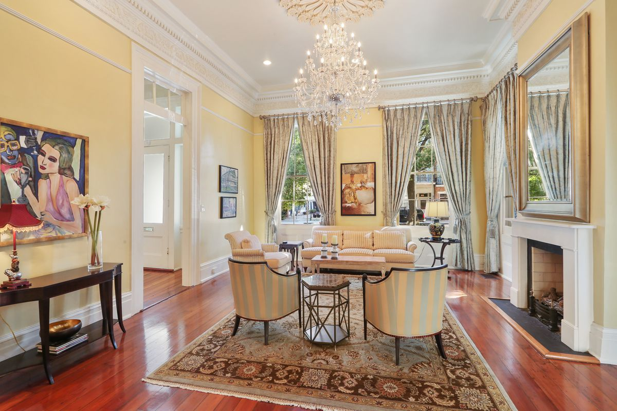 An Esplanade Avenue mansion with a cozy guest home asks