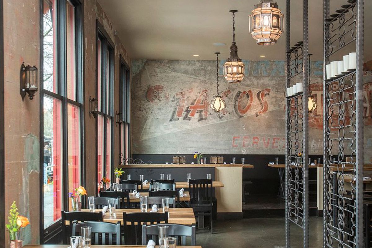 """<a href=""""http://seattle.eater.com/archives/2014/03/27/peek-inside-hecho-now-open-in-phinney-ridge.php"""">Hecho, Seattle</a>."""
