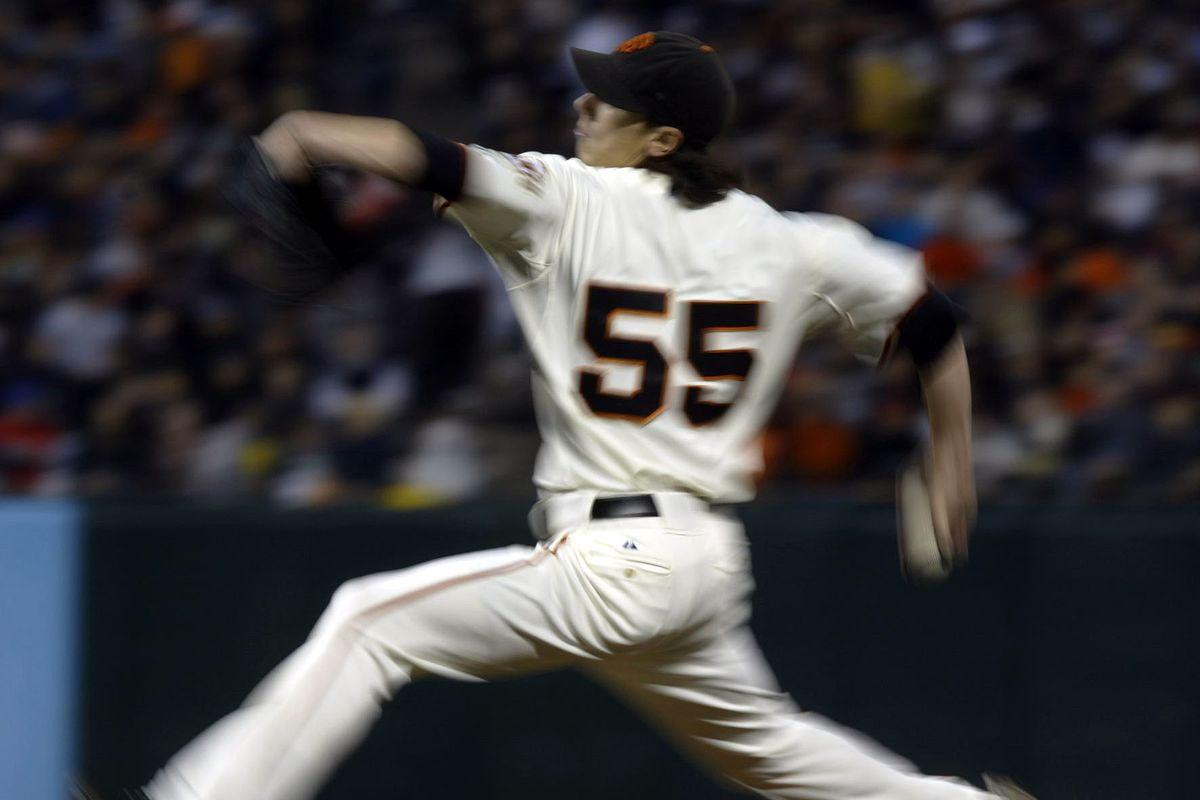 San Francisco Giants' #55 Tim Lincecum pitches in their MLB baseball game against the New York Mets on Friday, May 15, 2009, in San Francisco, Calif. (Anda Chu/Staff)