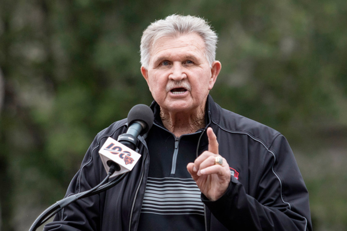 Former Bears coach Mike Ditka speaks during a ceremony for the unveiling of statues of Walter Payton and George Halas on Sept. 3 at Soldier Field.