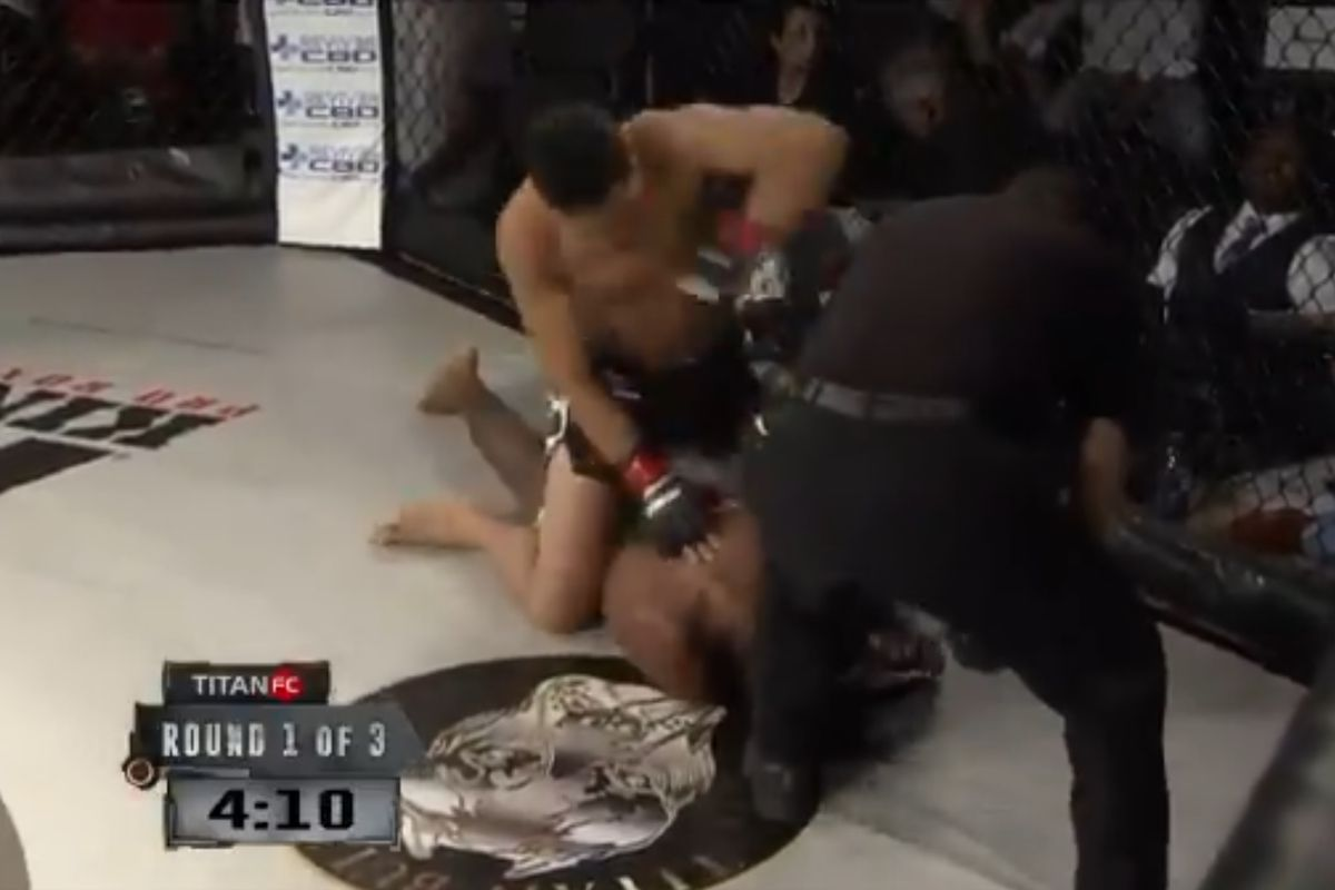 Referee seemingly ignores fighter repeatedly tapping out to strikes at Titan FC 56