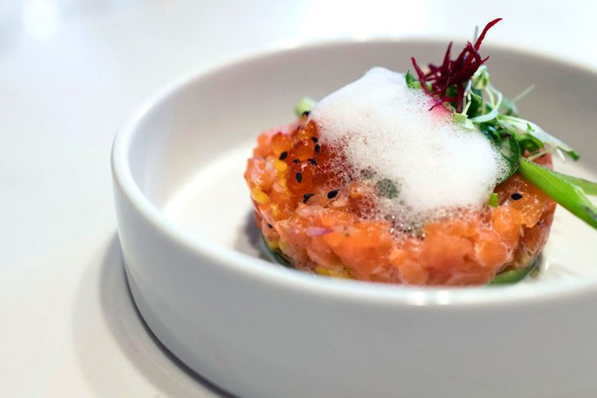 Air food blows into santa monica with french favorites and for Food bar santa monica