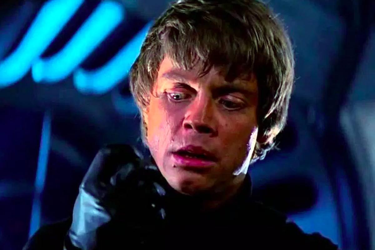 star wars mark hamill pitched evil luke skywalker to j j abrams