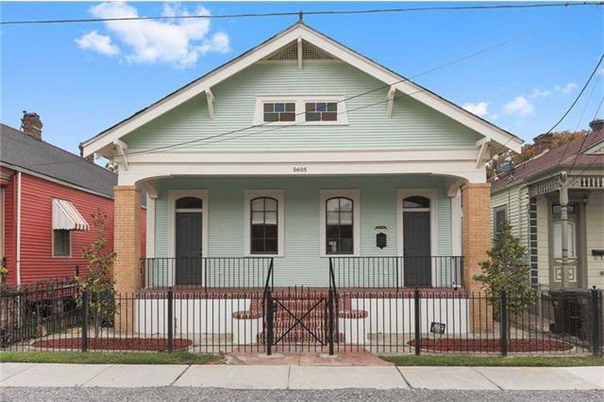 "Photos via <a href=""http://www.realtor.com/realestateandhomes-detail/5605-Dauphine-St_New-Orleans_LA_70117_M84943-73072?row=4"">Realtor</a>"