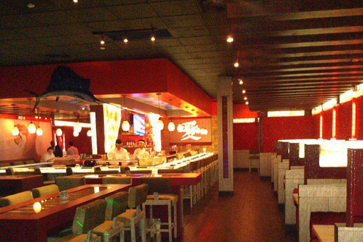 Yellowfin Sushi & Grill