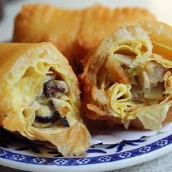 """""""The Original"""" Egg Roll from Nom Wah Tea Parlor by <a href=""""http://www.flickr.com/photos/bradleyhawks/8656053358/in/pool-eater/"""">Amuse * Bouche</a>"""