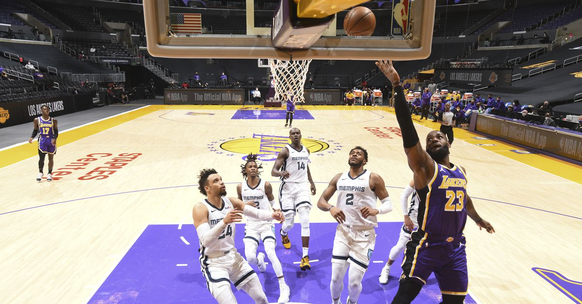 Lakers vs Grizzlies Final Score: L.A. finally wins a game in regulation - Silver Screen and Roll