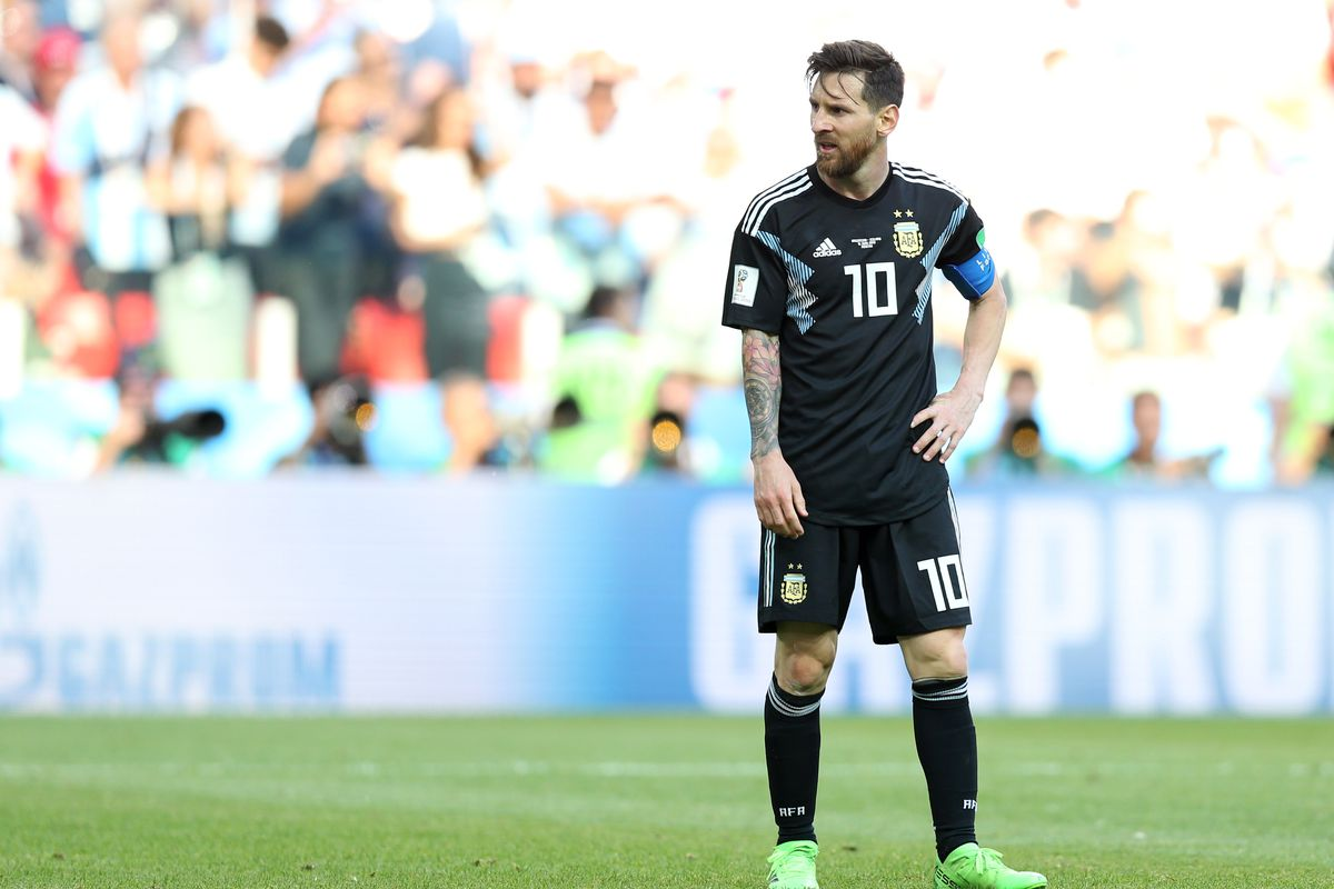 best service 6d232 b3ee2 Lionel Messi missed his penalty, but Cristiano Ronaldo's ...