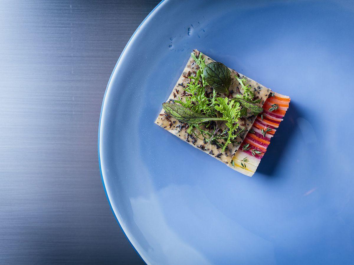12 Chicago Restaurants Overlooked for Michelin Stars