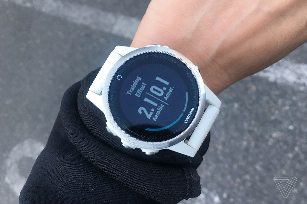 The Garmin Fenix 5s Is The Fitness Watch I Don T Want To Take Off