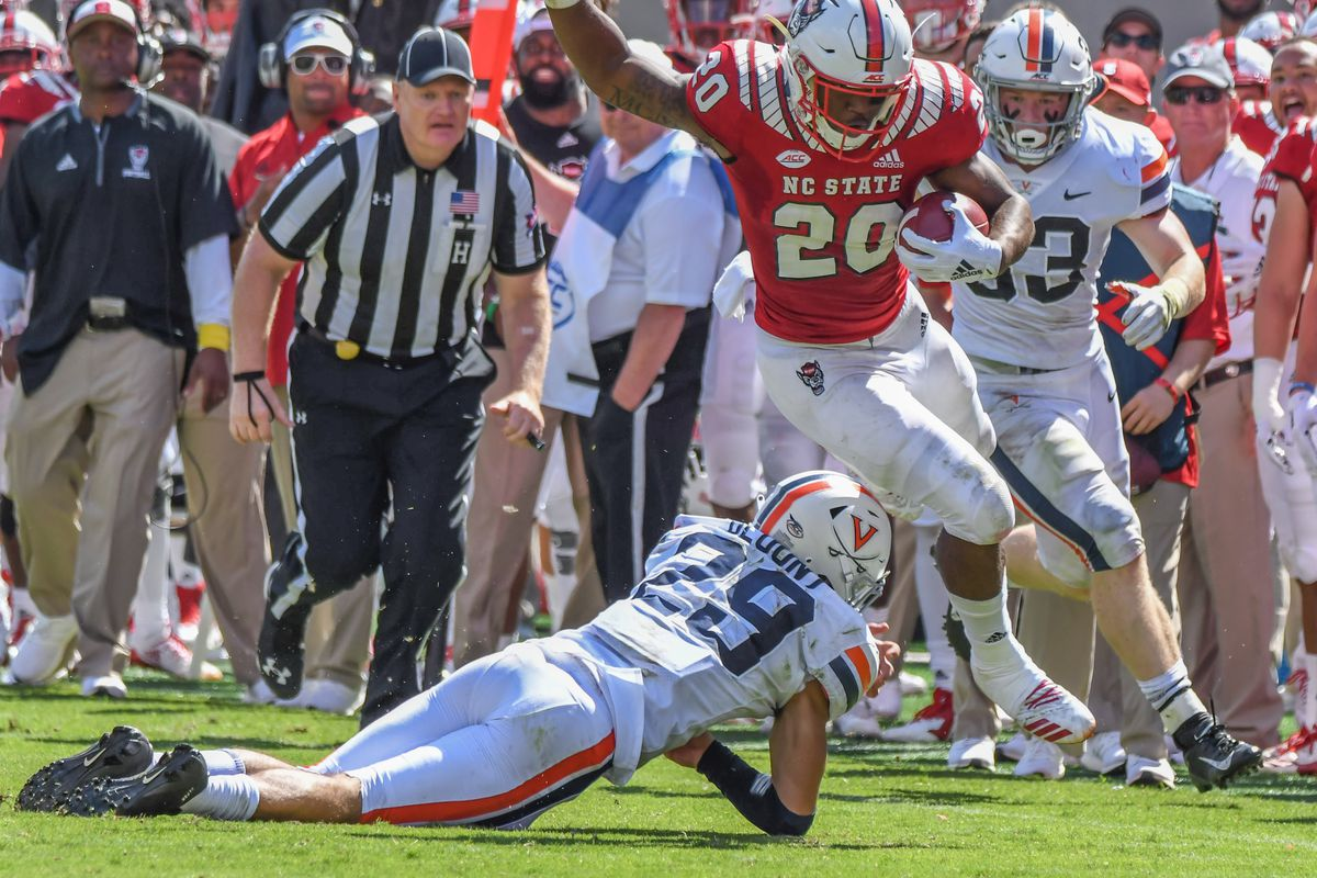 COLLEGE FOOTBALL: SEP 29 Virginia at NC State