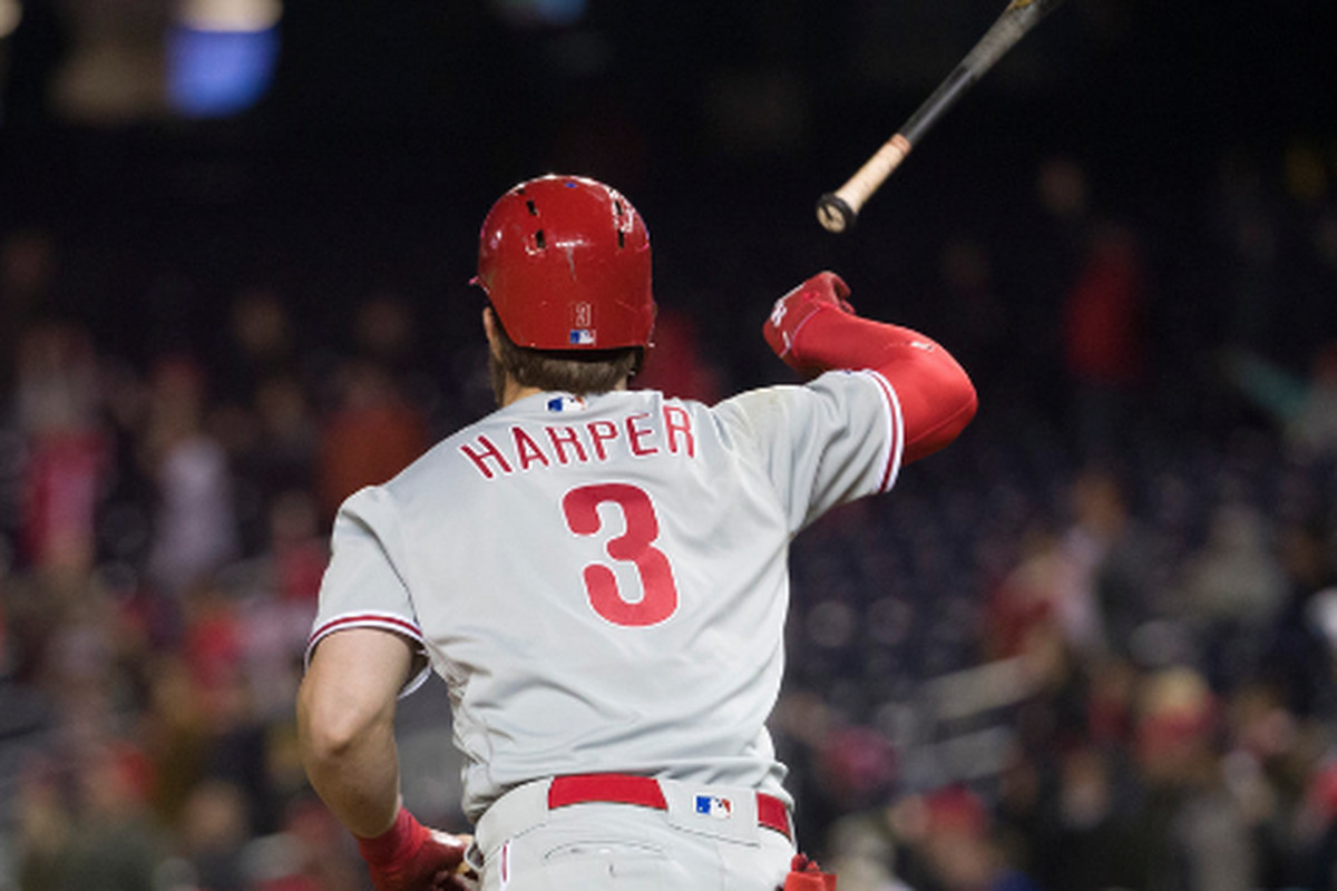 97d0e2eede7 The Phillies  Bryce Harper flips his bat after hitting a two-run home run  in the eighth inning Tuesday against the Nationals in Washington.