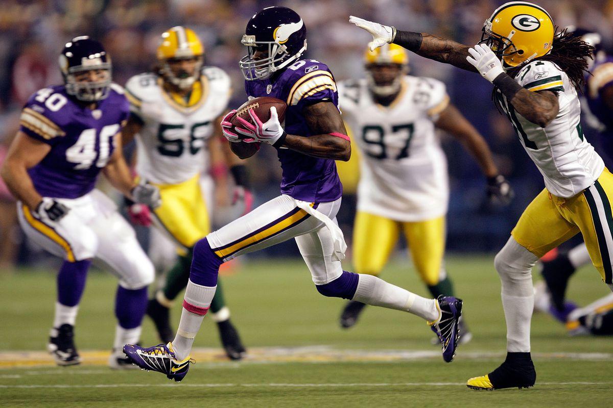 736307e82a3 7 NFL jerseys that need to make a comeback - SBNation.com