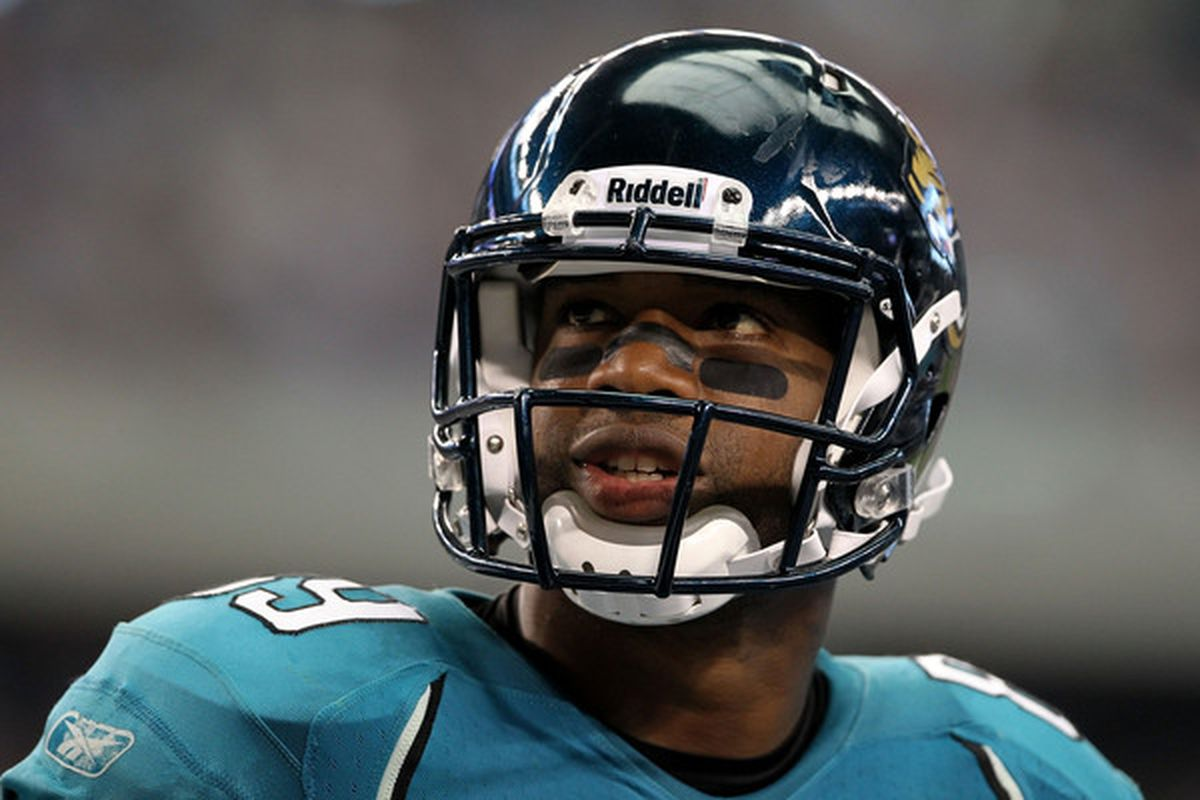 ARLINGTON TX - OCTOBER 31:  Marcedes Lewis #89 of the Jacksonville Jaguars looks on against the Dallas Cowboys at Cowboys Stadium on October 31 2010 in Arlington Texas.  (Photo by Chris Chambers/Getty Images)